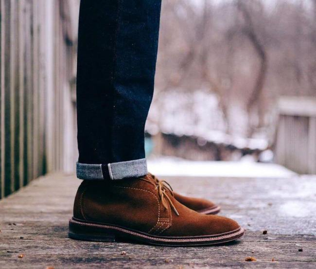 Alden Snuff Suede Chukkas (Photo marvaments - Instagram)