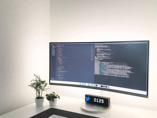 pure white backlit goodness clean coding minimalist setup_joakimhellstrm