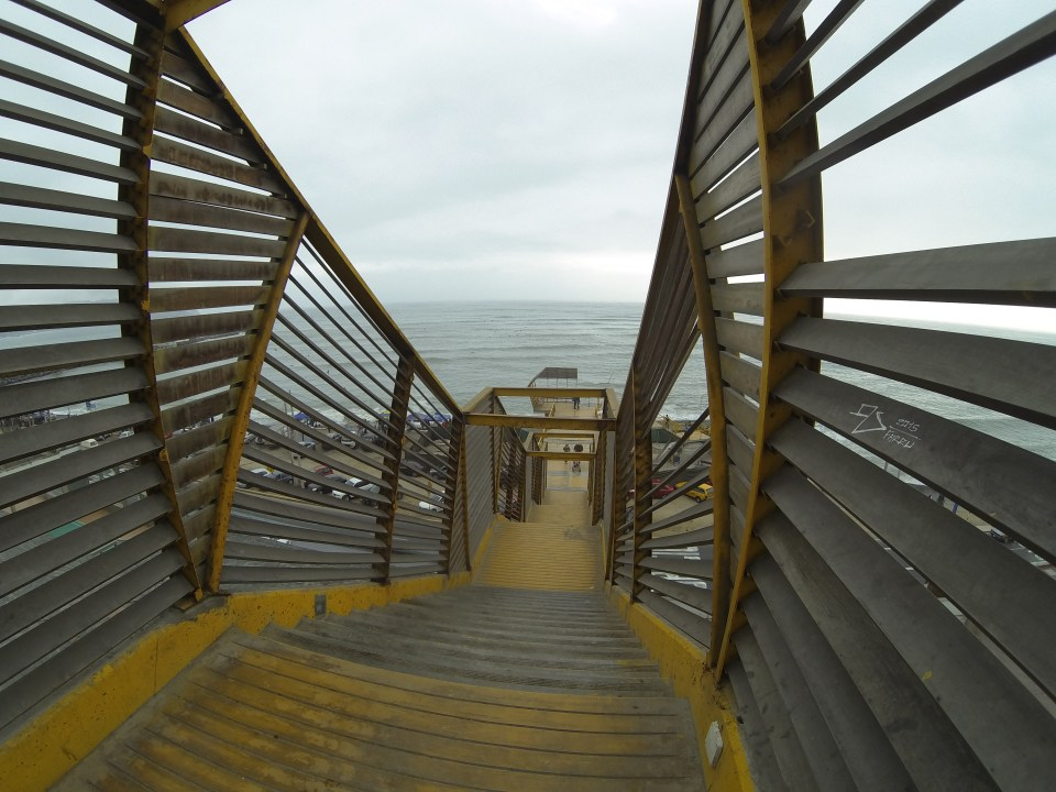 Walkway to the beach at Miraflores