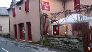 Hôtel les Vignes Rouges