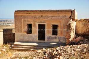 Sur les traces des berbères - ancienne maison takrouna