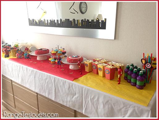 sweet-table-super-heroes-birthday