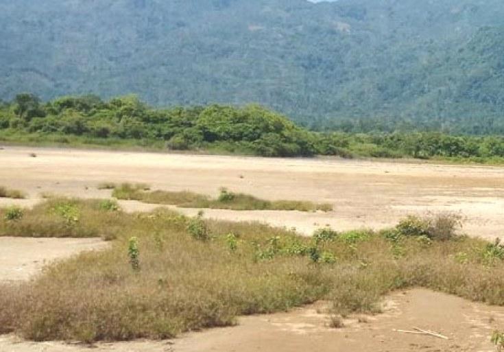 pasir kuning Wisata Souh Lampung Barat yang tersembunyi