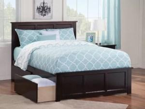 Tempat Tidur Minimalis Berlaci