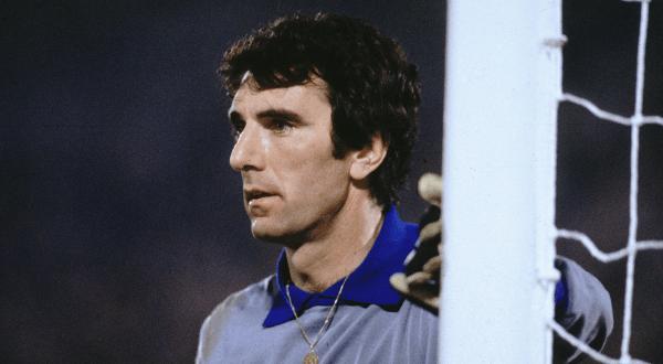 Dino Zoff entre os maiores goleiros de todos os tempos