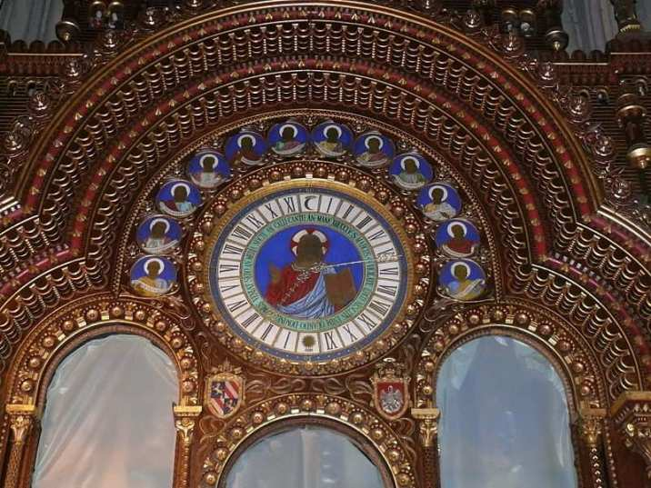 Beauvais astronomical clock