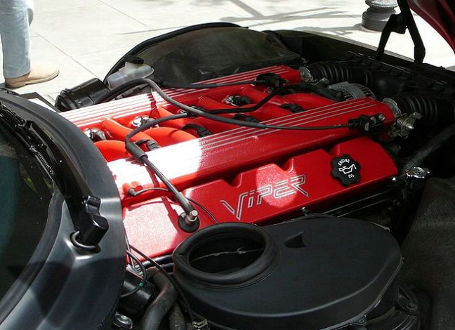 Dodge Viper engine
