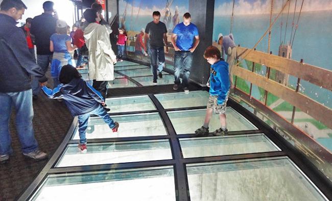 Glass floor CN tower