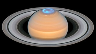 Saturn composite image of Auroras