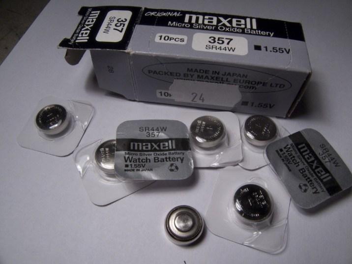 Silver oxide battery