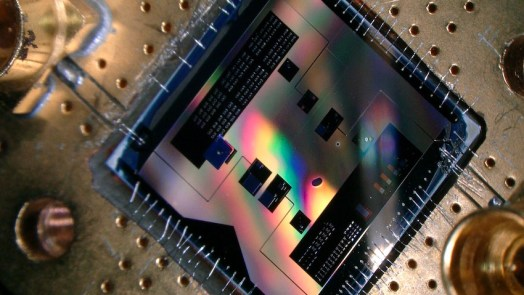 circuit detects weakest-radio-signals-quantum-mechanics
