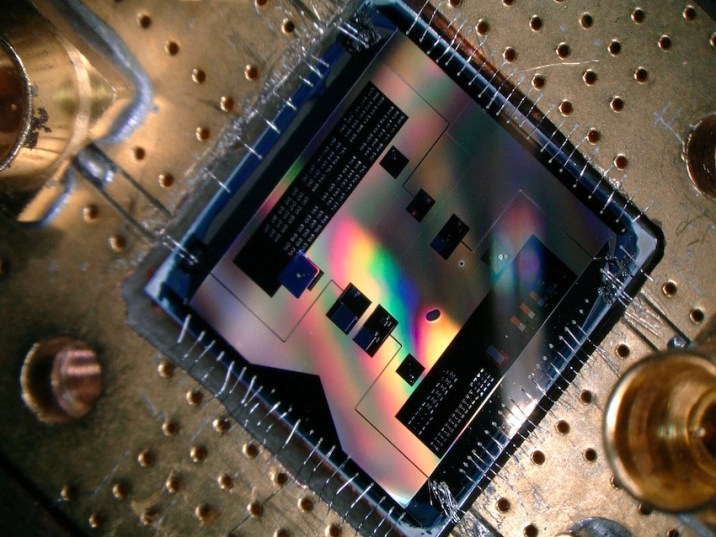 circuit detects weakest-radio-signals-quantum-mechanics