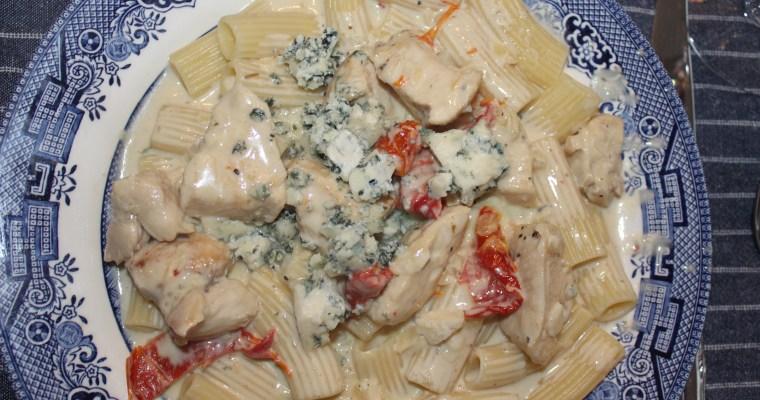 Chicken with Gorgonzola and Sun-dried Tomato Cream Sauce