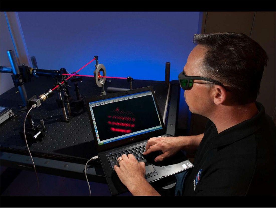 Harold White manipulating warp-fields (NASA)