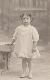 Lucienne Guillemot (Mme André Bourgin) - Collection Charles de Raphélis-Soissan