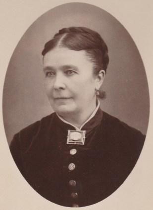 Tante Joséphine, Berthelot épouse Borel, soeur d'Elisa Berthelot épouse d'Evariste Chancel - Collection Charles de Raphélis-Soissan