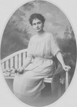 Cécile Chancel (Mme Jean de Raphélis-Soissan) Collection Charles de Raphélis-Soissan