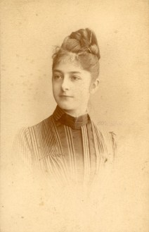 Isabelle Cartairade (1869-?)