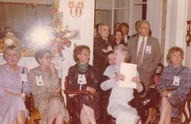 Cousinade Chancel du 21 mars 1981 : Assises : Mireille Legré, Françoise Guillemot, Madeleine Fine, Geneviève Abeille, Sabine Rozan ; Debout : Charles de Raphélis-Soissan, Martine de Raphélis-Soissan, Michel de Raphélis-Soissan, Louis de Raphélis-Soissan