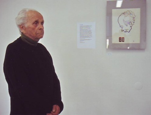 """E. Littover Rapla Keskraamatukogus näituse """"Šaržid Raplamaa inimestest"""" avamisel 8. mai 2008. Rapla KRK arhiiv"""