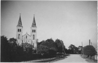 Vaade Alu teelt kiriku suunas 1960