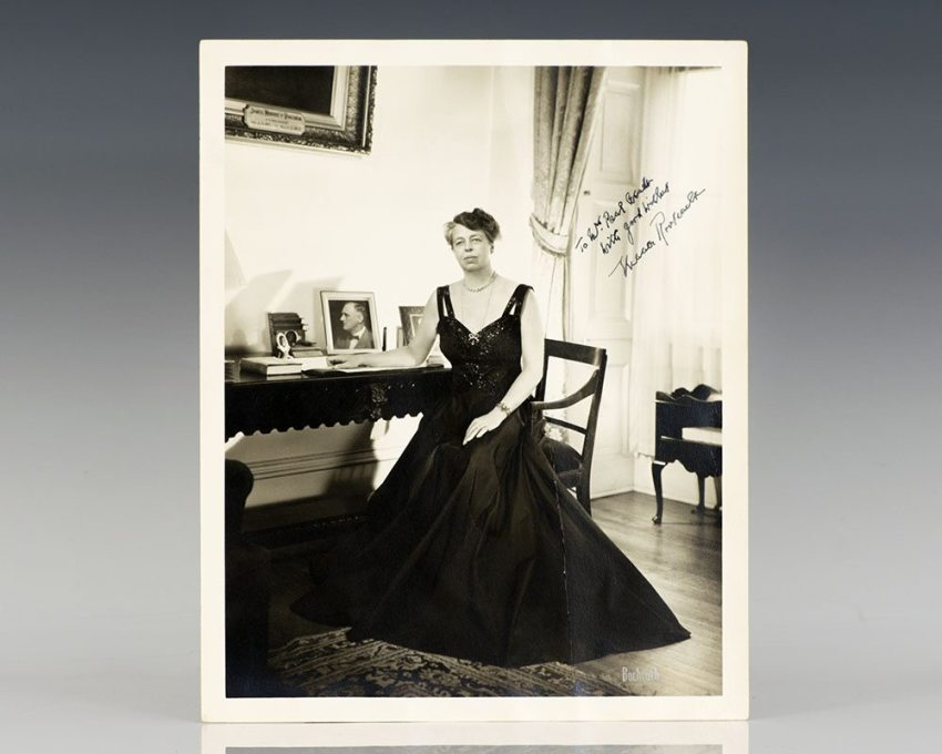 Eleanor Roosevelt Signed Photograph.