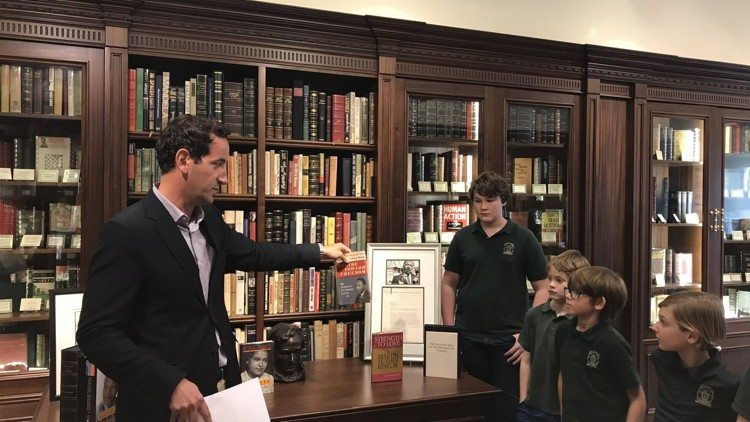 In the News: Worth Avenue bookstore shares lesson on Dr. King with local students.