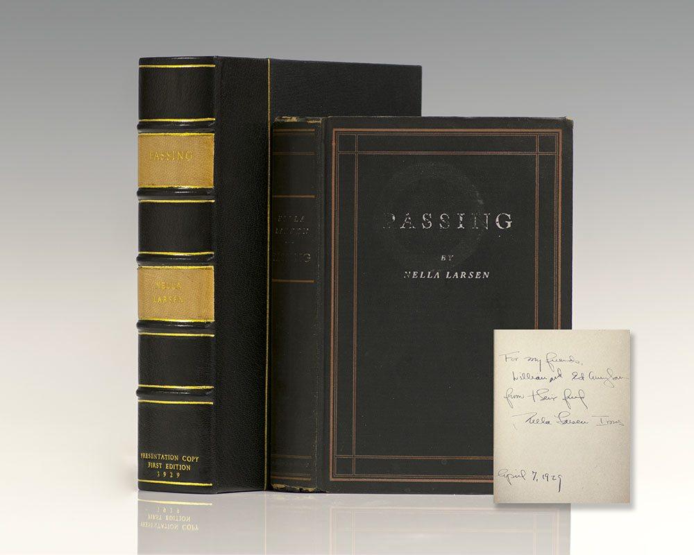 """Primera edición de """"Passing"""" (Claroscuro), de Nella Larsen."""