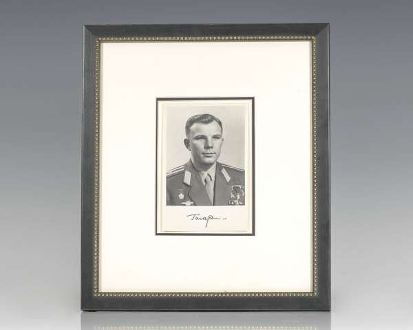 Yuri Gagarin Signed Photograph.