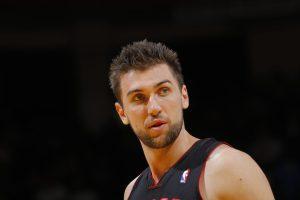 Toronto Raptors bring back Bargnani for playoff run