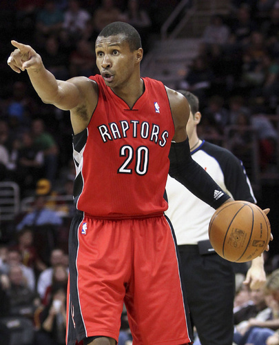Leandro-Barbosa-traded-to-Pacers