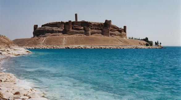 """مصادر لـ 24: داعش يجهز لإصدار """"ضخم"""" داخل قلعة أثرية بسوريا"""