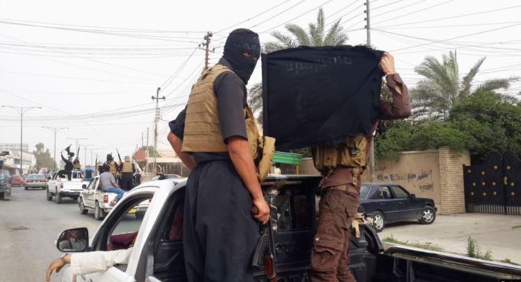 """بومبيو محذرا: داعش بات أقوى في """"بعض مناطق"""" سوريا والعراق"""