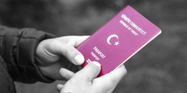 دفعات جديدة من أسماء المؤهلين للجنسية التركية تصل دوائر الهجرة