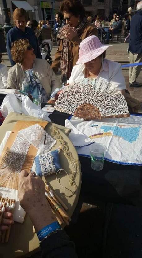 ambiente encuentro encajeras bolilleras unesco valencia