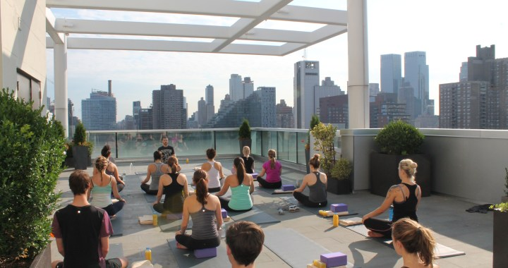 Yoga sur les toits de New York