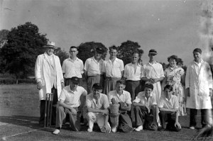 24. Cricket. Rasen Mail glass neg. 024