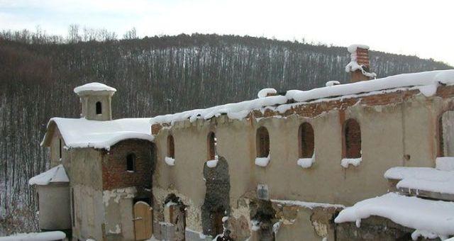 Девич, Косово, Погром