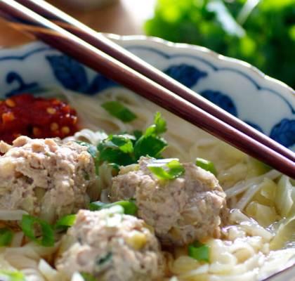 thai meatballs with noodles recipe by rasoi menu