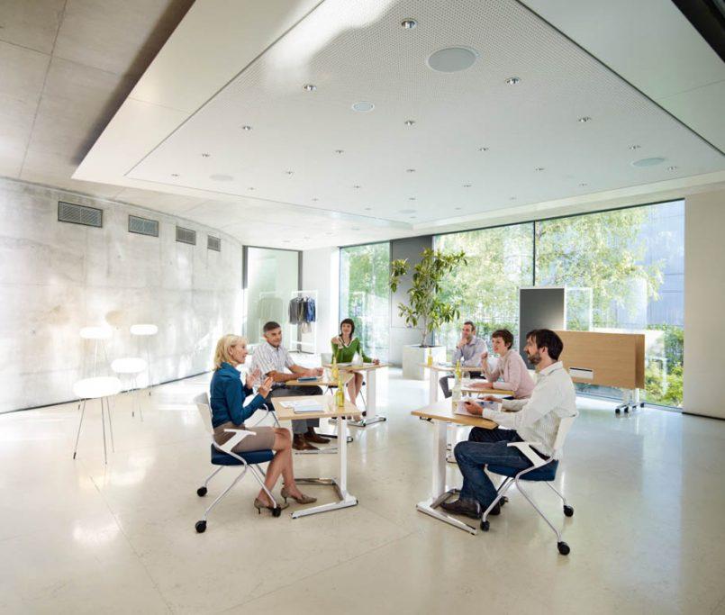 Vendita online di poltrone e sedie da ufficio, lavagne magnetiche, targhe in plexiglass e altri arredamenti scolastici. Ri4kbgmqsksw1m