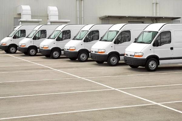 Das Angebot zur Kleinflotten-Versicherung ist für Lieferwagen und PKW optimal.