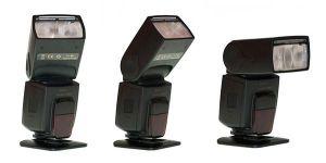 Ejemplo de cabezal de flash orientable en diferentes direcciones