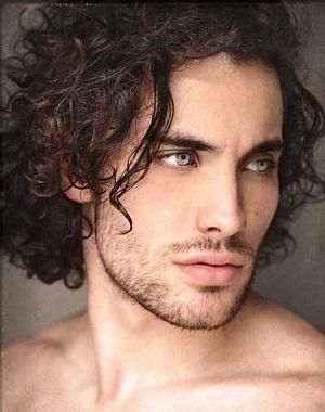 Top 10 Curly Hairstyles For Men Mr RauRauR