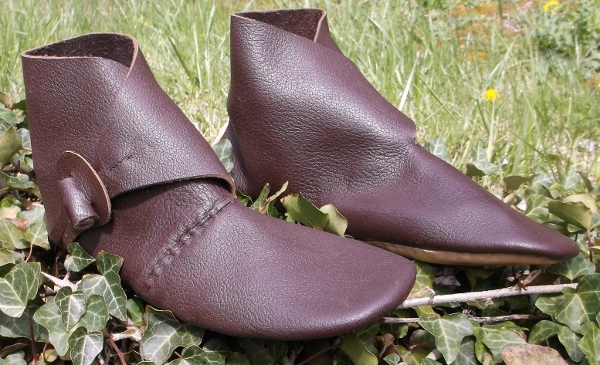 Viking Leathercrafts (Men's footwear, Jorvik style)