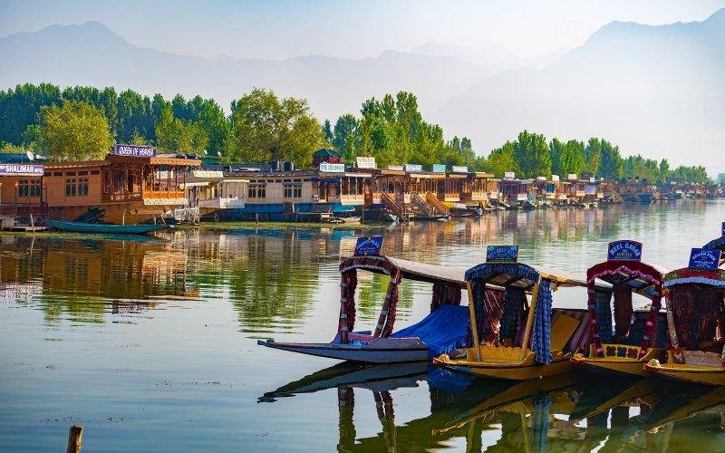 Srinagar to Aru