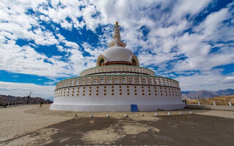 Leh Shanti Stupa to Lamayuru