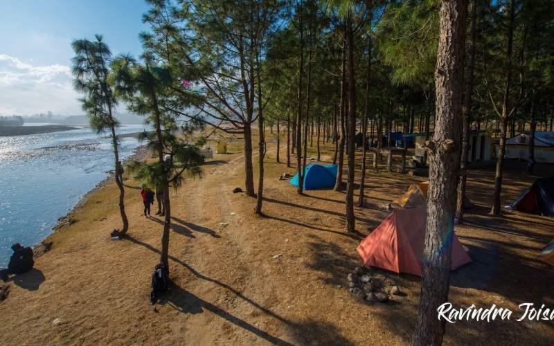 Punakha Campsite next to Mo Chhu river