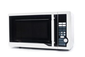 unsafe-microwave-oven-featured-image-scaled