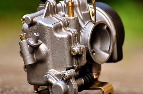 Carburetor vs Fuel Injection - Raybar Motorcycles | Official Blog