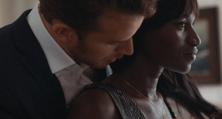 Conso (Annabelle Lengronne) et son amant obsédé du sexe (Jonas Bloquet) dans Filles de joie